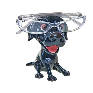 Optipet black Labrador